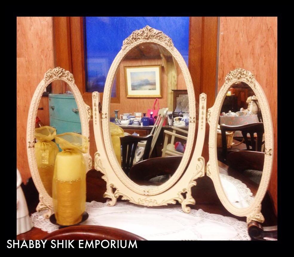 Vintage Ladies Makeup Mirror